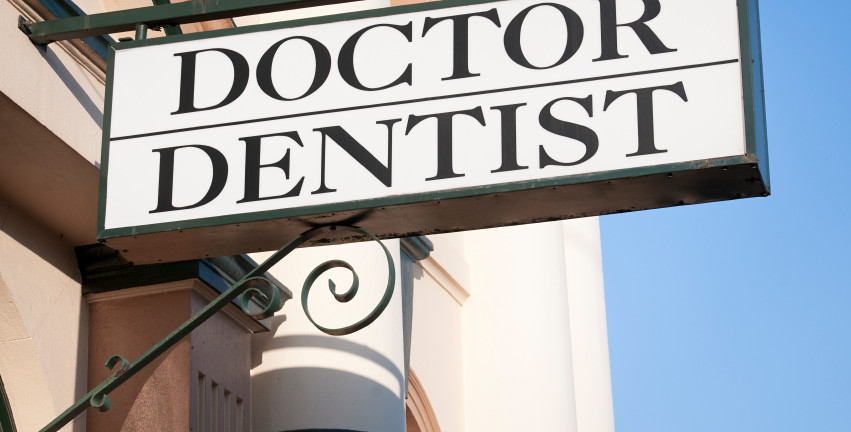 Doctor and Dentist Sign